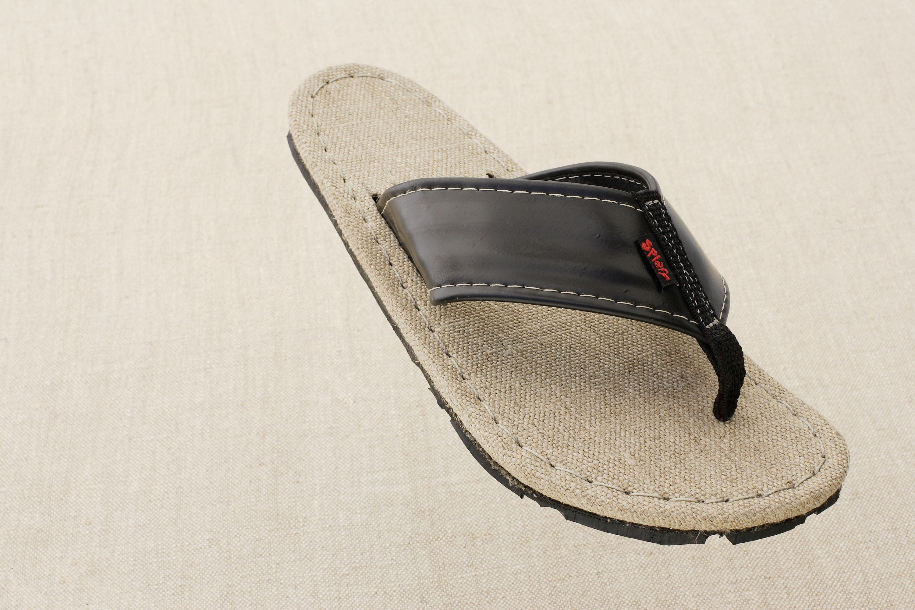 Splaff Recycled Racing Sandals: From Zero to Ecostyle in a Matter of Seconds